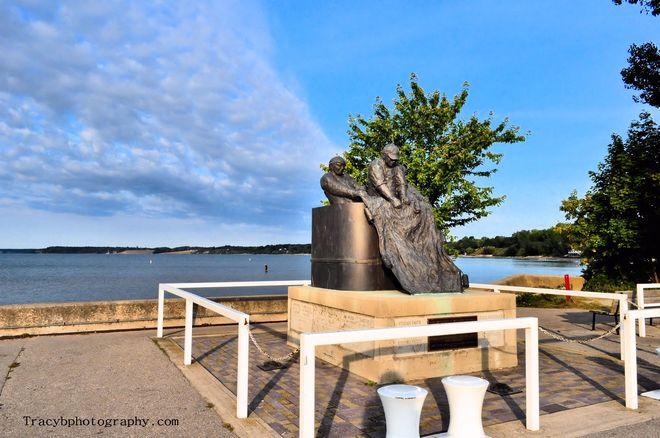 Pier - Fishermen's Memorial